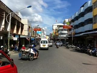 hatyai_street.jpg