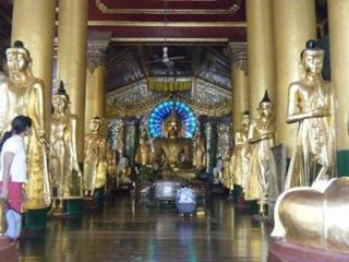 Shwedagon_inside.jpg
