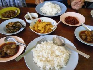 myanmar_food.jpg